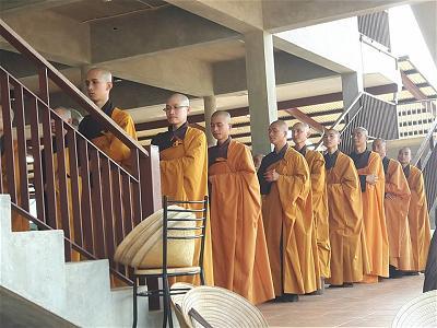 28 sadi lên TD nhận giới lớn thành Tỳ Kheo