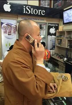 20140930184626-nha-su-khoe-dap-hop-iphone-6-se-bi-xu-ly-ky-luat-2-tccl