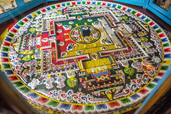 Dalai Lama teaching 4