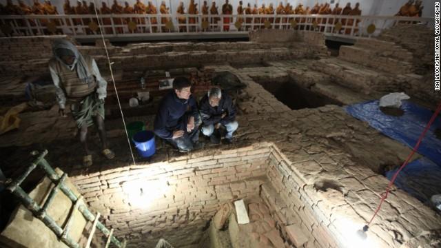 131126112447-05-natgeo-buddha-horizontal-gallery