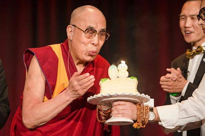 dalai lama at garden grove 4