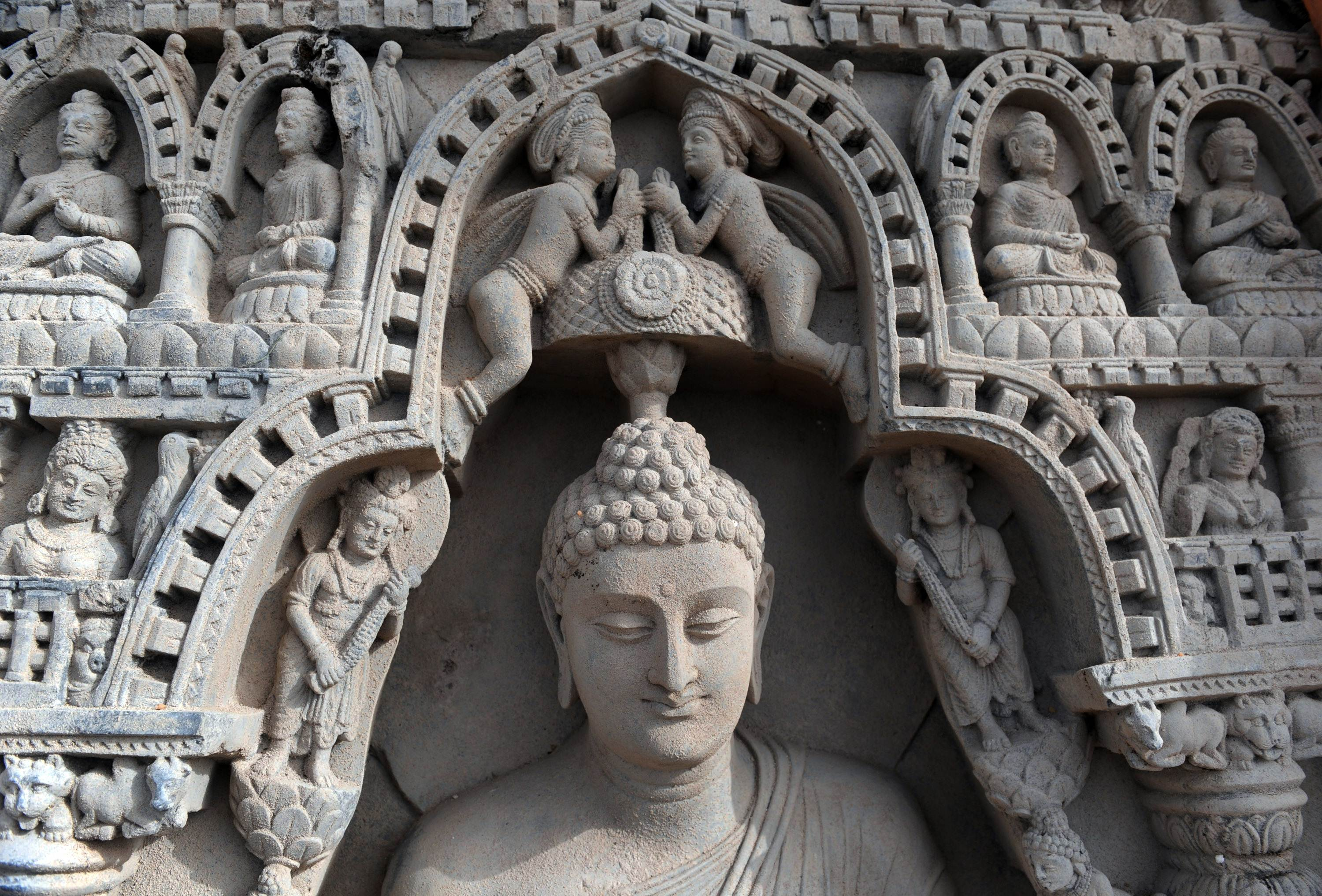 early buddhist art observed in india Buddhist art in india study  buddhist art with hellenistic influence westernization  the early form of buddhism according to which the buddha was a wise .