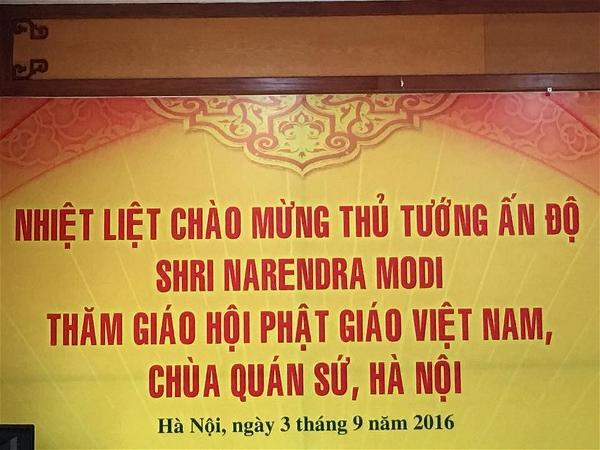 Chào đón thủ tướng ấn thăm chùa Qún Sứ