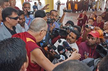 dalai lama teaching 8