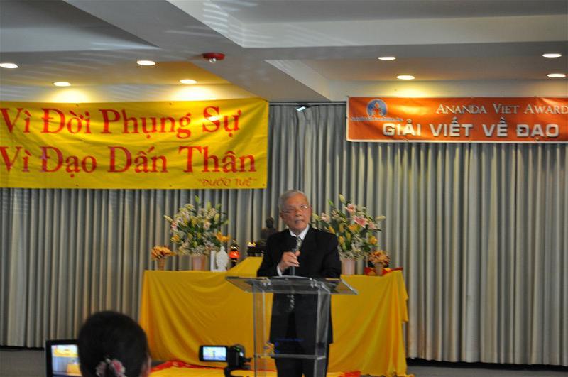 Le Trao Giai Ananda Viet Awards (5)
