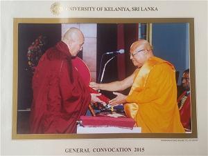 Đại Đức Thích Thiện Minh (Varapañño) nhận bằng Tiến Sĩ tại Srilanka
