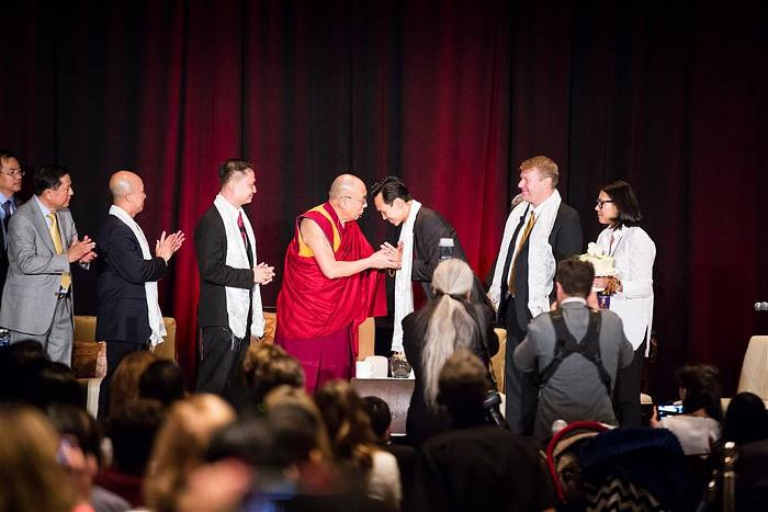 dalai lama at garden grove 8