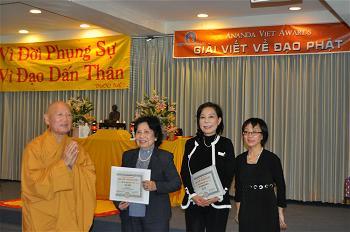Le Trao Giai Ananda Viet Awards  (9)