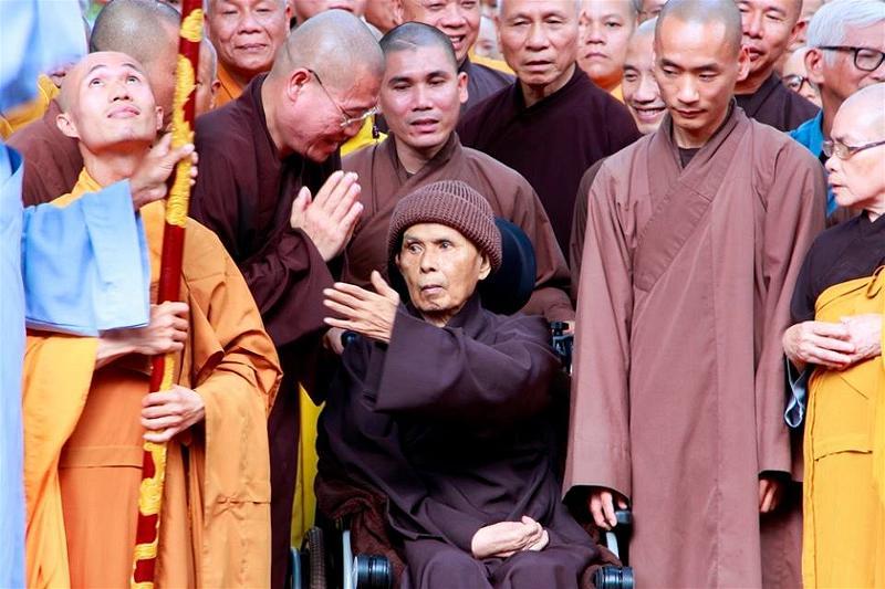 Thay Nhat Hanh24