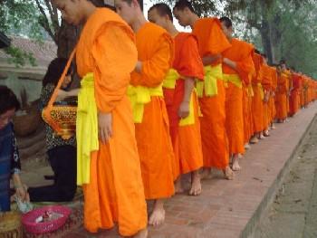 Vấn Đề  Dinh Dưỡng Đối Với Các Nhà Sư  Thái Lan Và Việt Nam  Tâm Linh