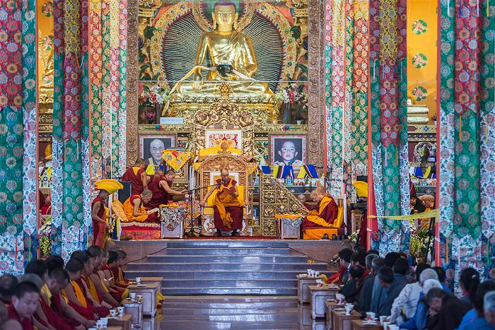 Dalai Lama at the new Tashi Lhunpo Monastery 1