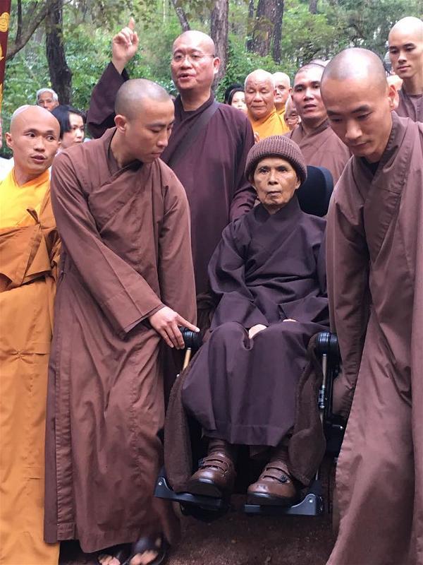 Thay Nhat Hanh