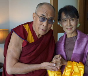 dalai-lama-with-aung-san-suu-kyi-in-london