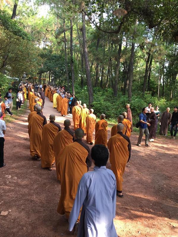 Thay Nhat Hanh11