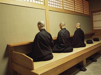 za-zen-meditation-elheiji-zen-monastery-japan