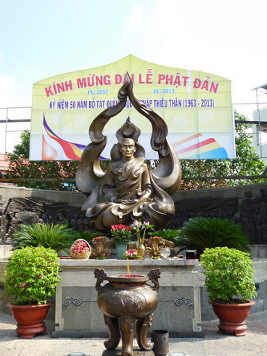tuongdaithichquangduc