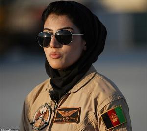 Nữ đại úy Niloofar Rahmani