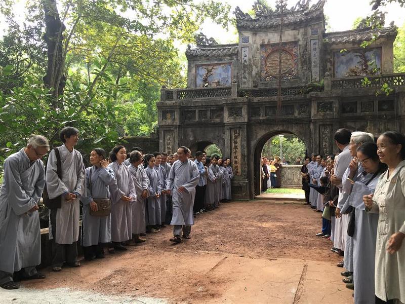 Thay Nhat Hanh12